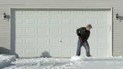 garage-door-winter